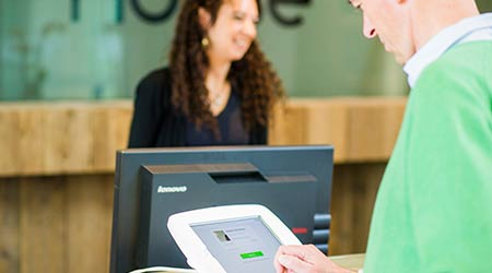 Visitor Management Software Features Receptionist App: Proxyclick