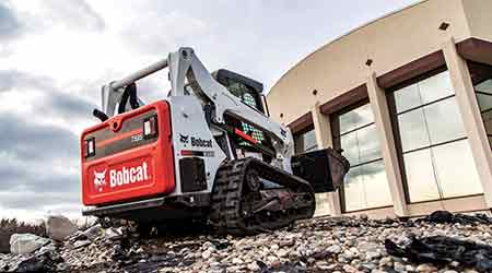 Compact Track Loader Increases Horsepower: Bobcat Co.