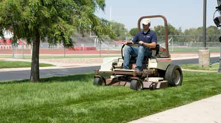 Diesel Mowers Reduce Fuel Costs Significantly: Grasshopper Co.