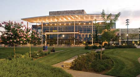 Green Team: Sustainable Landscapes a Group Effort at the University of California-Davis
