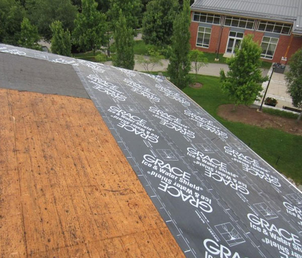 Eave Protection Membrane : Ice dams underlayment and metal roofs can protect against