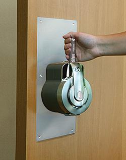 Hygienic Door Handle: Pürleve