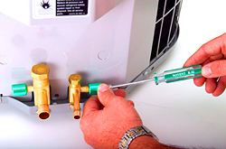 Refrigerant Locking Cap: Airtec Products Corp.
