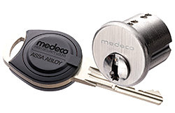 Electronic Lock Cylinder: Medeco Security Locks Inc.