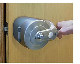 Door Handle: Pūrleve