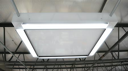 Solar-powered LED Luminaire: Energy Bank