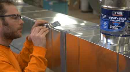 Duct Sealant Applies to Wet Surfaces: Selena USA