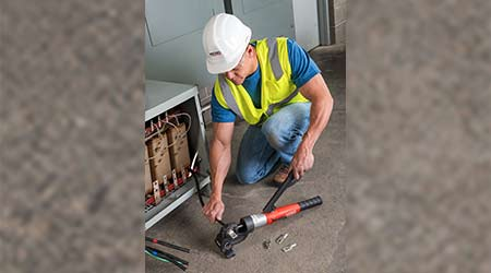 Hydraulic Crimping Tool Improves Access in Tight Spaces: RIDGID
