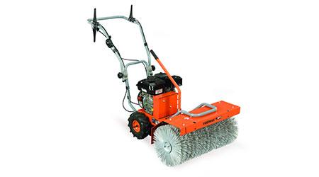 Power sweeper: Yardmax