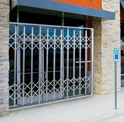 Collapsible Gates: Illinois Engineered Products Inc.