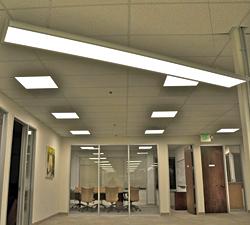 Light-Emitting-Diode Fixtures: Lunera Lighting Inc.