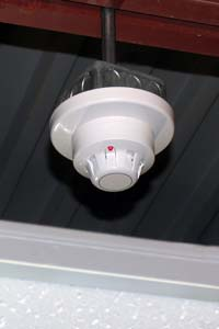 Smoke Detector: Air Products and Controls Inc.
