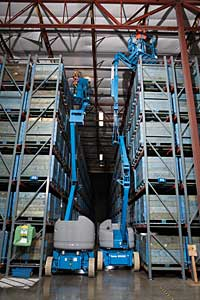 Articulated Boom Lift: Genie Industries