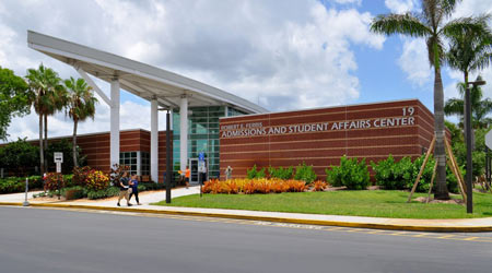 College Improves Efficiency by Centralizing Facility Maintenance Staffs