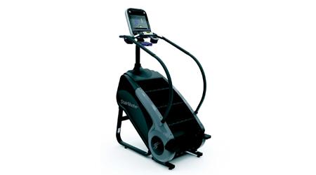 Three-quarter profile of step machine