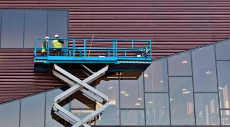Workers on aerial work platform