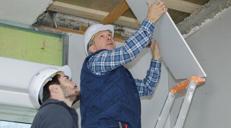 building technicians
